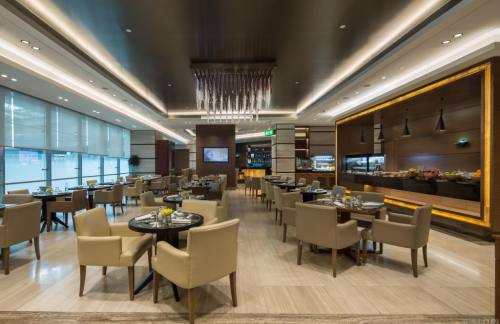 DXB【暂停开放】Ahlan First Class Lounge (Concourse D)